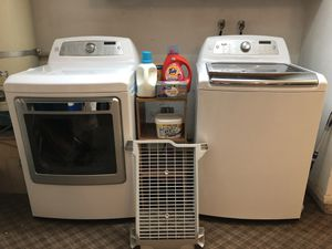 Kennore Elite Electric Washer & Dryer Set - Fits King-size Comforter for Sale in Lodi, CA