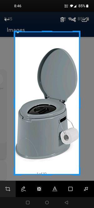 Portable toilet for Sale in North Miami Beach, FL