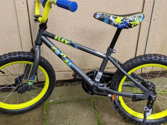 "Boys Bike 16"" Wheels for Sale in Redmond,  WA"