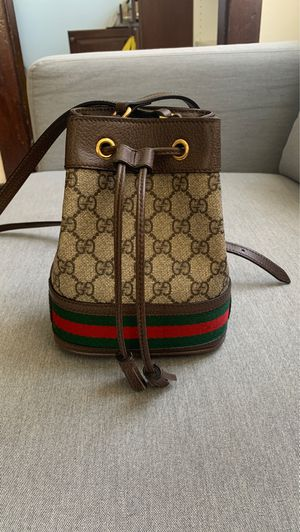 Authentic Gucci Mini Bucket Bag for Sale in San Diego, CA