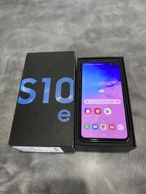 Galaxy s10 e unlocked 128gb for Sale in Port St. Lucie, FL