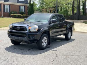 2012 Toyota Tacoma prerunner sr5 clean title for Sale in Lawrenceville, GA