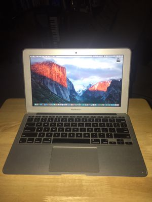 """*TINY!* 2014 11.6"""" MacBook Air - 8 Gigs MEM! -Tons Of Software! Barely Used!-Only 27 Battery Cycles! for Sale in Roseville, MN"""