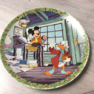 "Mickey's Christmas Carol ""Bah Humbug!"" Collector's Plate for Sale in Jackson Township, NJ"
