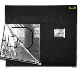 Complete grow tent kit with lights and autopots plus more! for Sale in Macomb, MI
