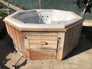 Free Hot Tub for Sale in Riverside, CA