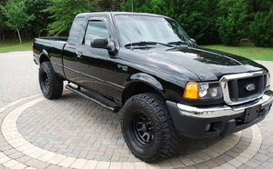 Reduced.Price 2004 Ford Ranger XLT 4.0L Needs.Nothing 4WDWheelss for Sale in Rockford, IL