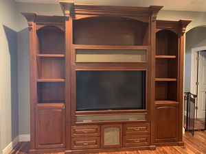 Beautiful entertainment system with tv for Sale in Altamonte Springs, FL