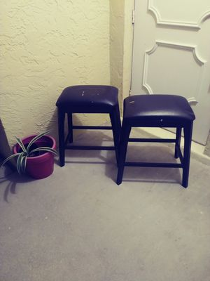 Set of 2 bar stools.24 inch for Sale in Fort Myers, FL