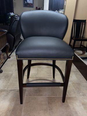 """Leathercrafters, Edwards 32"""" Bar Stool, Black Leather for Sale in Round Rock, TX"""