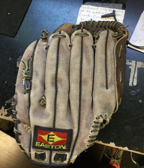 "Easton baseball glove 11"""