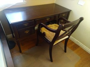 Moving sale Wood table with chair for Sale in Irvine, CA