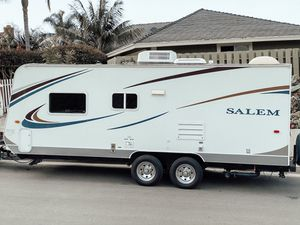 Salem Cruise Lite 21ft trailer camper GREAT CONDITION for Sale in San Clemente, CA