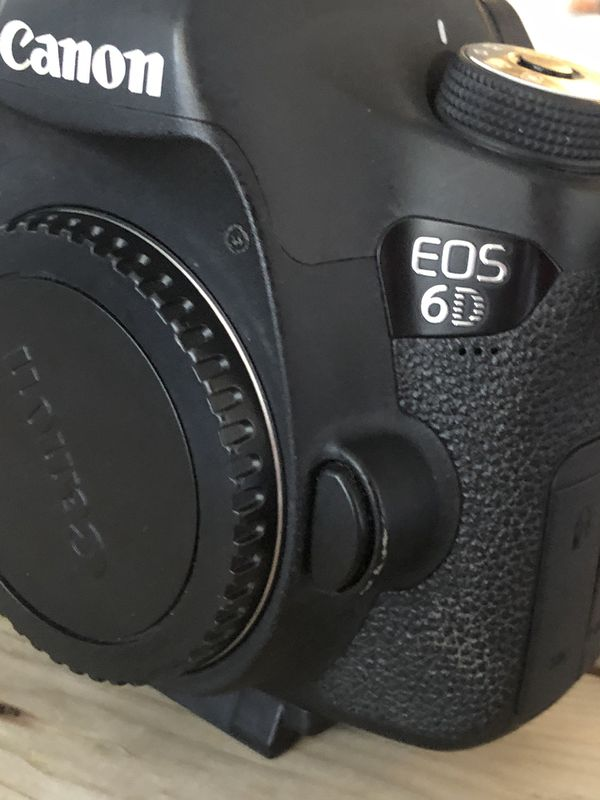 Canon 6D DSLR camera