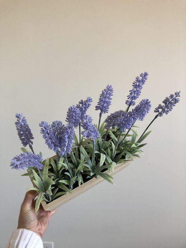 Fake lavender plant decor