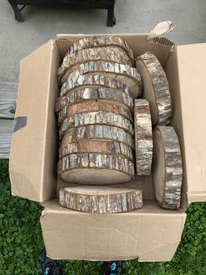 Wood rounds for table decor for Sale in Charlottesville, VA