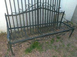 "LARGE 80"" METAL BENCH for Sale in Gilbert, AZ"