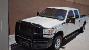 2013 Ford F350 super duty crew cab long bed well maintained $13750 for Sale in Spring, TX
