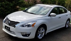 Amazing 2013 Nissan Altima FWDWheels Clean Title for Sale in Fremont, CA