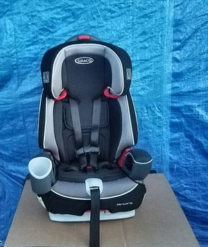 Graco Nautilus 65 3-in-1 Harness Booster Car Seat. Only 1 You'll Ever Need! for Sale in West Park, FL