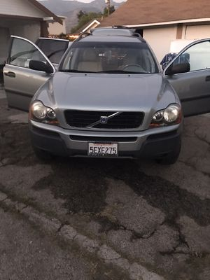 7 Passenger, 2004 Volvo XC90, Clean Title, 147K Miles, Runs Great! for Sale in Pomona, CA