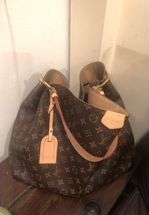 Authentic Louis Vuitton Graceful MM in Monogram for Sale in Takoma Park, MD