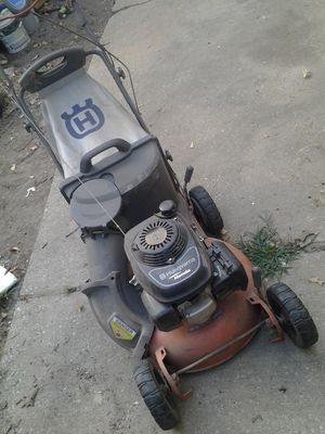 Lawnmower Husqvarna self propelled 55R21 HV for Sale in College Park, GA
