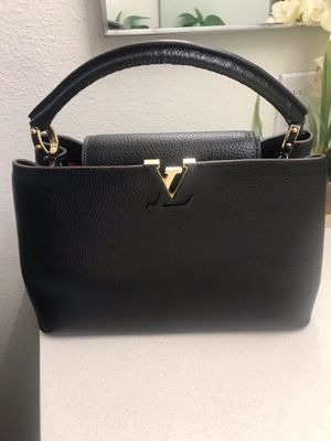 Loui Vuitton hand bag offer now for Sale in Los Angeles, CA