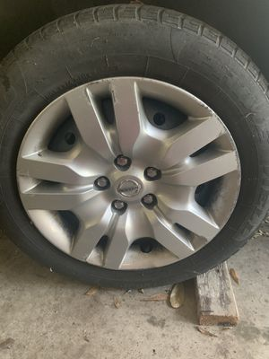 4Tires with original rims and caps from a 2011 Nissan Altima for Sale in Gonzales, LA