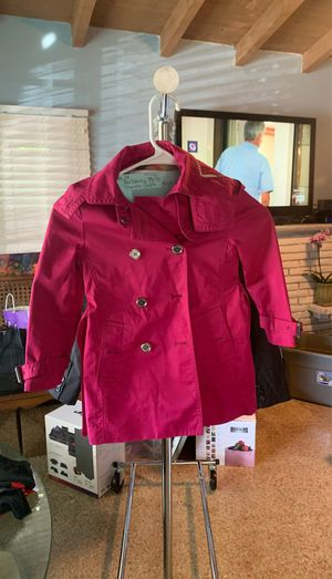 Burberry girls trenchcoat size 6 for Sale in Delray Beach, FL