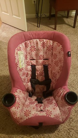 Cosco apt 40rf convertible car seat for Sale in College Park, GA