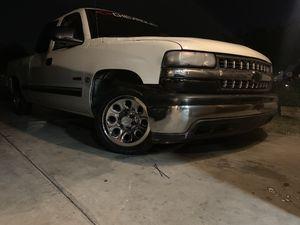 2001 Chevy Silverado 5.3 for Sale in Tempe, AZ