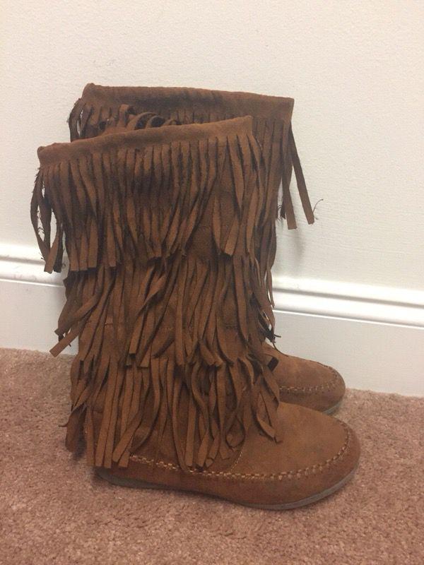 Fringe boots- women's size 6