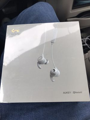 Aukey Bluetooth Headphones - New in Box for Sale in Houston, TX