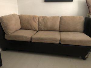 Free sofa for Sale in Miami, FL