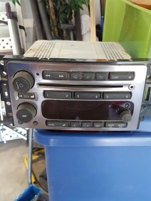 Factory radio/CD player for Sale in Buckhannon, WV