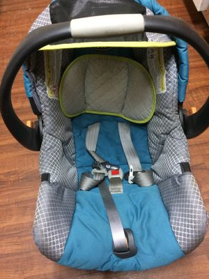 Car Seat & Stroller Bundle for Sale in Tallahassee, FL