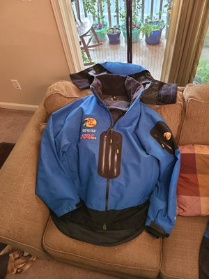 Gore-Tex, Bass Pro 100MPH rain gear for Sale in Campbell, CA