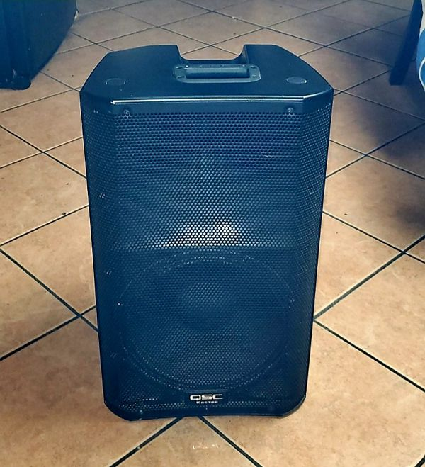 Qsc K12 1000 watt powered speakers