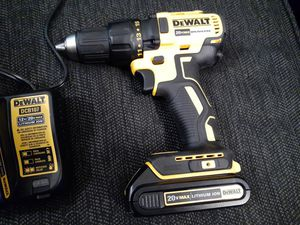 BRAND NEW 20v Dewalt Cordless Drill Combo for Sale in Lockport, NY