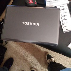 2 Toshiba's 1 Hp Laptop's Together or separate for Sale in Gary, IN
