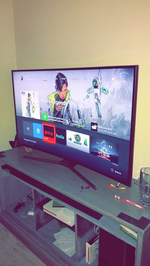 "Samsung 55"" curved 4K smart tv for Sale in Lacon, IL"