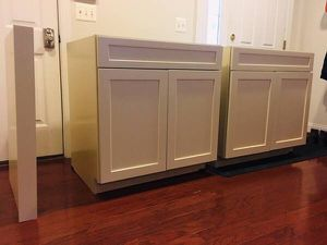 American Woodmark Kitchen Cabinet for Sale in Springfield, VA
