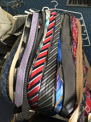 Dress clothes for Sale in Bakersfield, CA