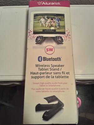 Aluratek bluetooth wireless speaker tablet stand for Sale in Las Vegas, NV