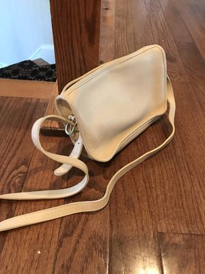 AUTHENTIC Vintage Coach Crossbody Shoulder Bag for Sale in Odenton, MD