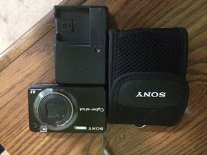 Sony cyber shot camera for Sale in Casselberry, FL