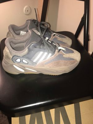 Yezzy 700 wave runner for Sale in Kirkwood, NY