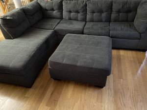 L Shaped Sectional with Pullout bed and Ottoman for Sale in Randallstown, MD