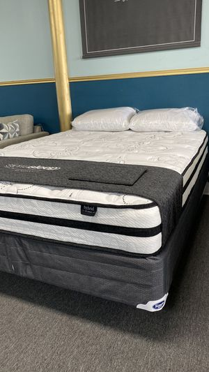 Queen Hybrid Foam Mattress Available today FINANCE NO CREDIT NEEDED H CE for Sale in Irving, TX